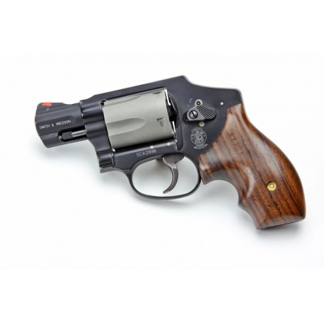 S&W Model 36, (decent looking,slim profile) grips for pocket carry ...