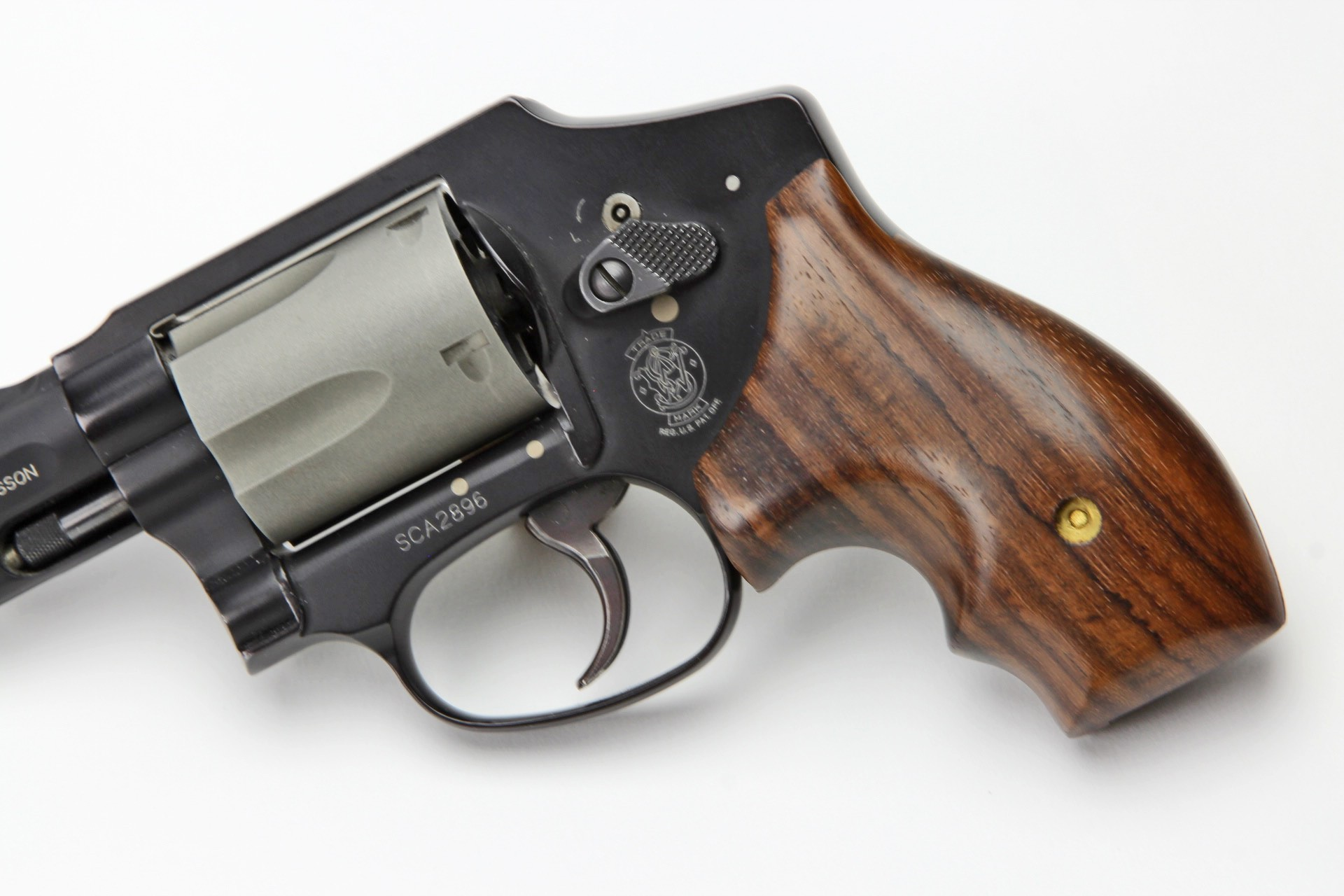sw j round frame secret service rosewood grips