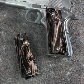 1911 Series Officers Kirinite® DESERT CAMO Grips
