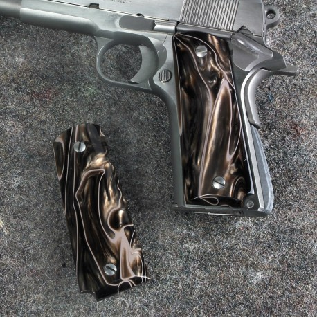 Kirinite™ DESERT CAMO Grips for the Colt 1911