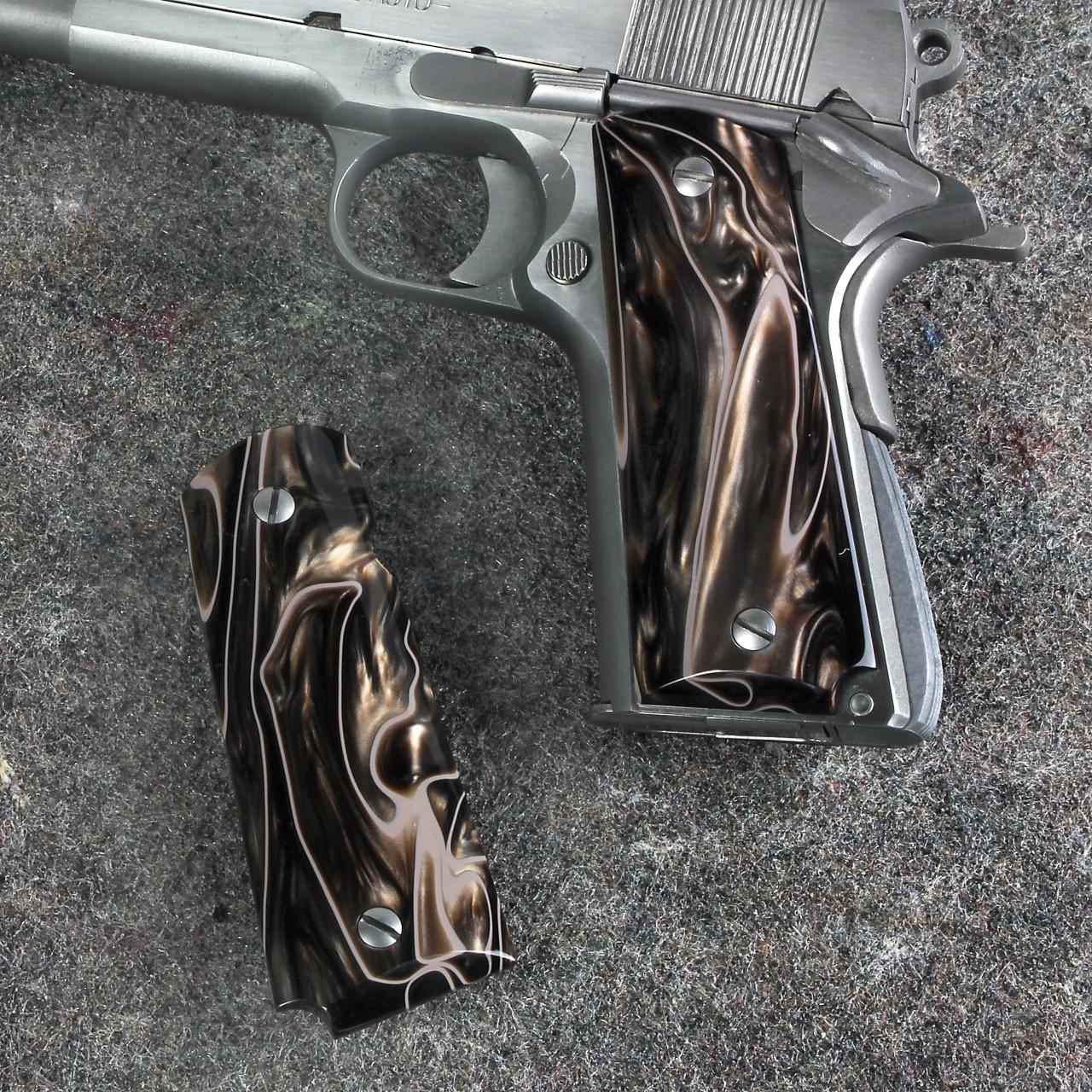 Colt Officers Model 1911 Kirinite™ DESERT CAMO Grips