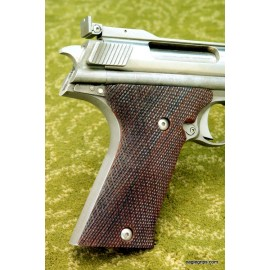 Auto Mag .44 Checkered Rosewood Grips