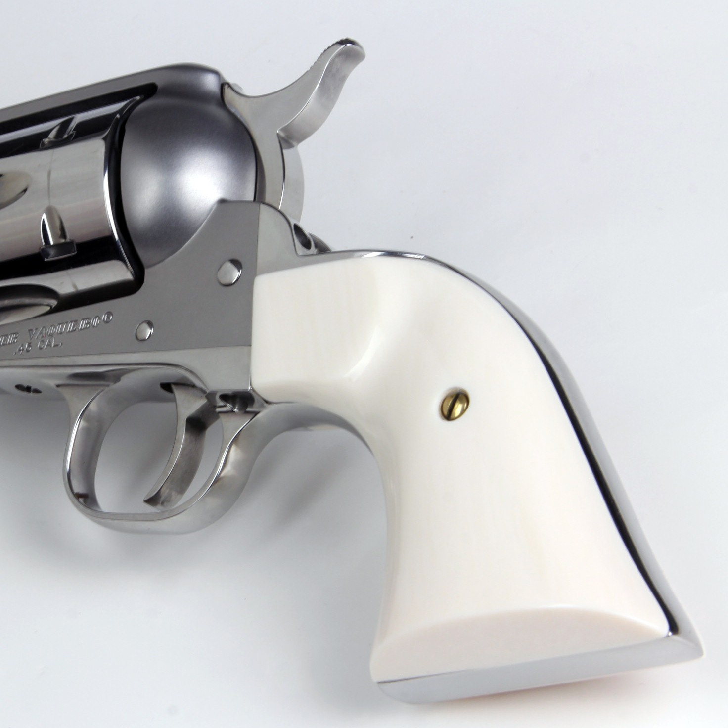 Ruger New Vaquero Ultra Ivory Gunfighter Grips
