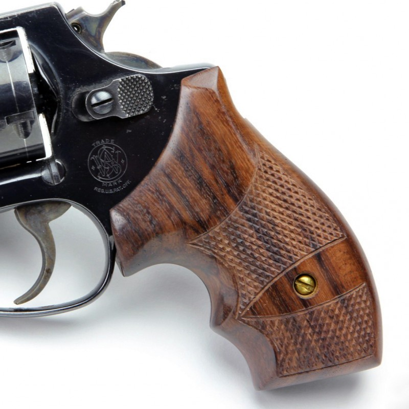 S&W J Frame Round Butt - Checkered Rosewood Secret Service Grips