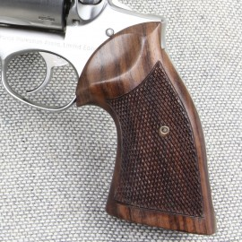 Ruger Redhawk Classic Rosewood Checkered
