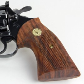 Colt Post-66 Diamondback, Detective & Cobra Heritage Walnut Grips Checkered with reclaimed Medallions