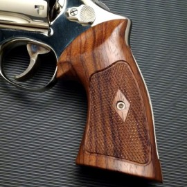 S&W Heritage N Frame Square Butt Rosewood Grips Checkered